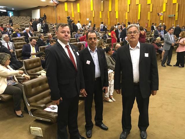Seminário promove intercâmbio de lutas contra a reforma
