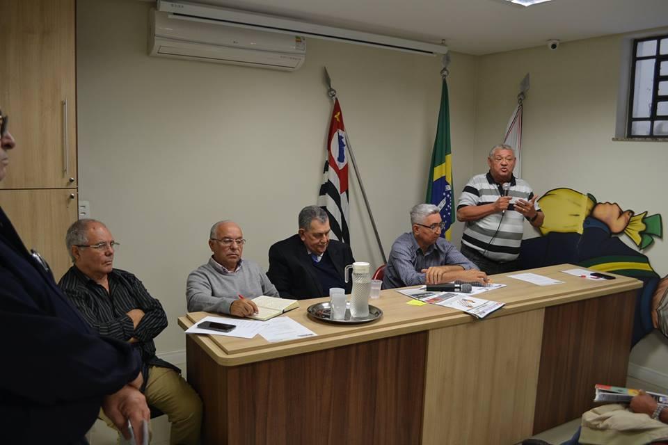Plenária da FAPESP realiza amplo debate sobre aposentados